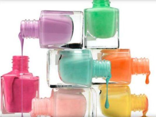1409027035000-1409005839000-Nail-polish