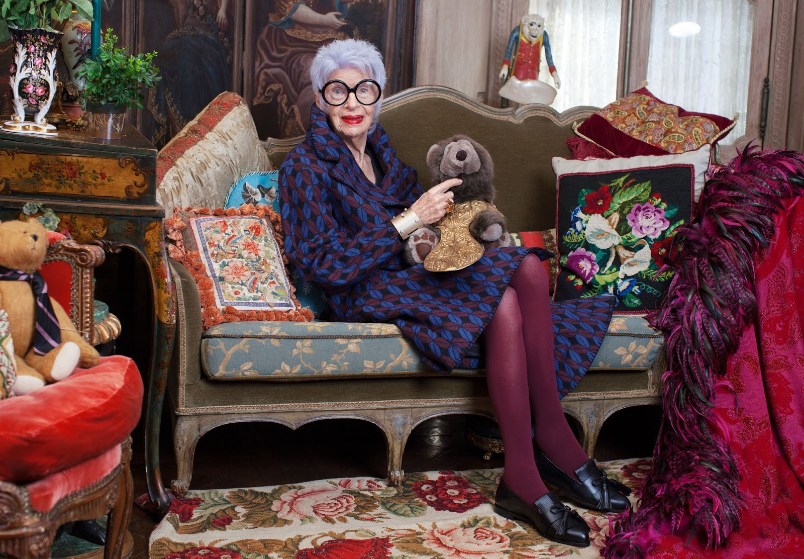 iris apfel fashion icon avenue of joy. Black Bedroom Furniture Sets. Home Design Ideas