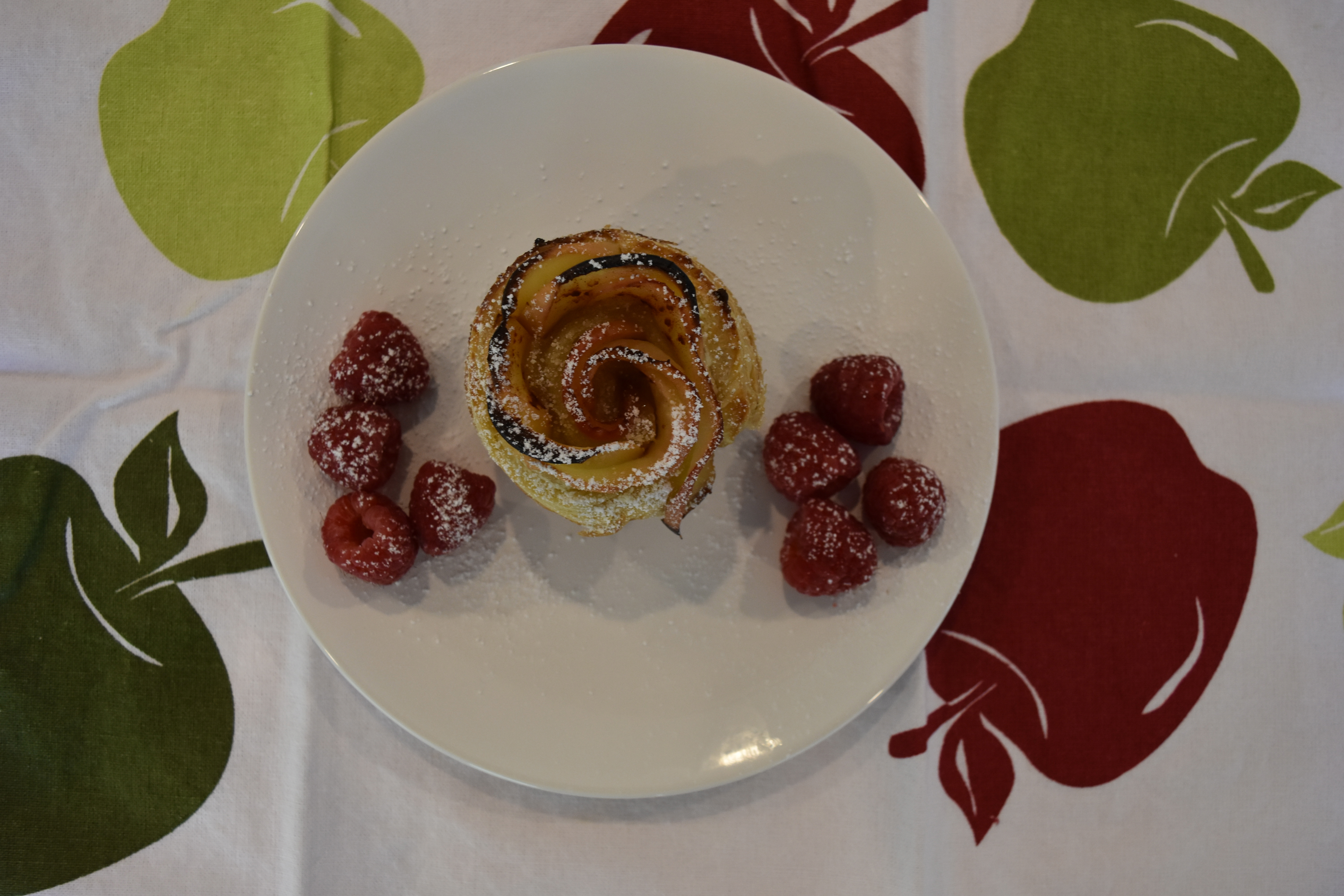 how to make apple rose tarts with cream cheese